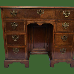 C18th Kneehole Desk